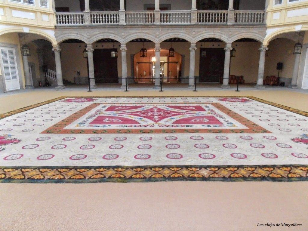 Entrada del Palacio del Pardo en Madrid